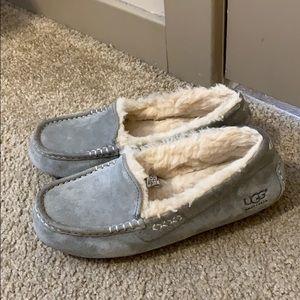 Ugg slippers sz 7